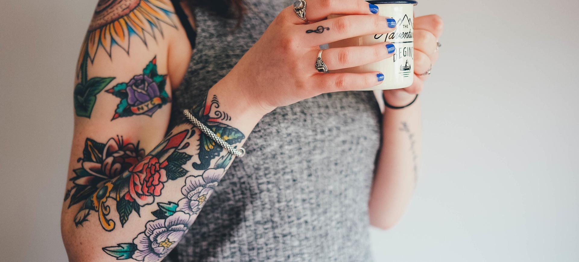 Ska du tatuera in en text eller ett annat tatueringsmotiv? Läs det här