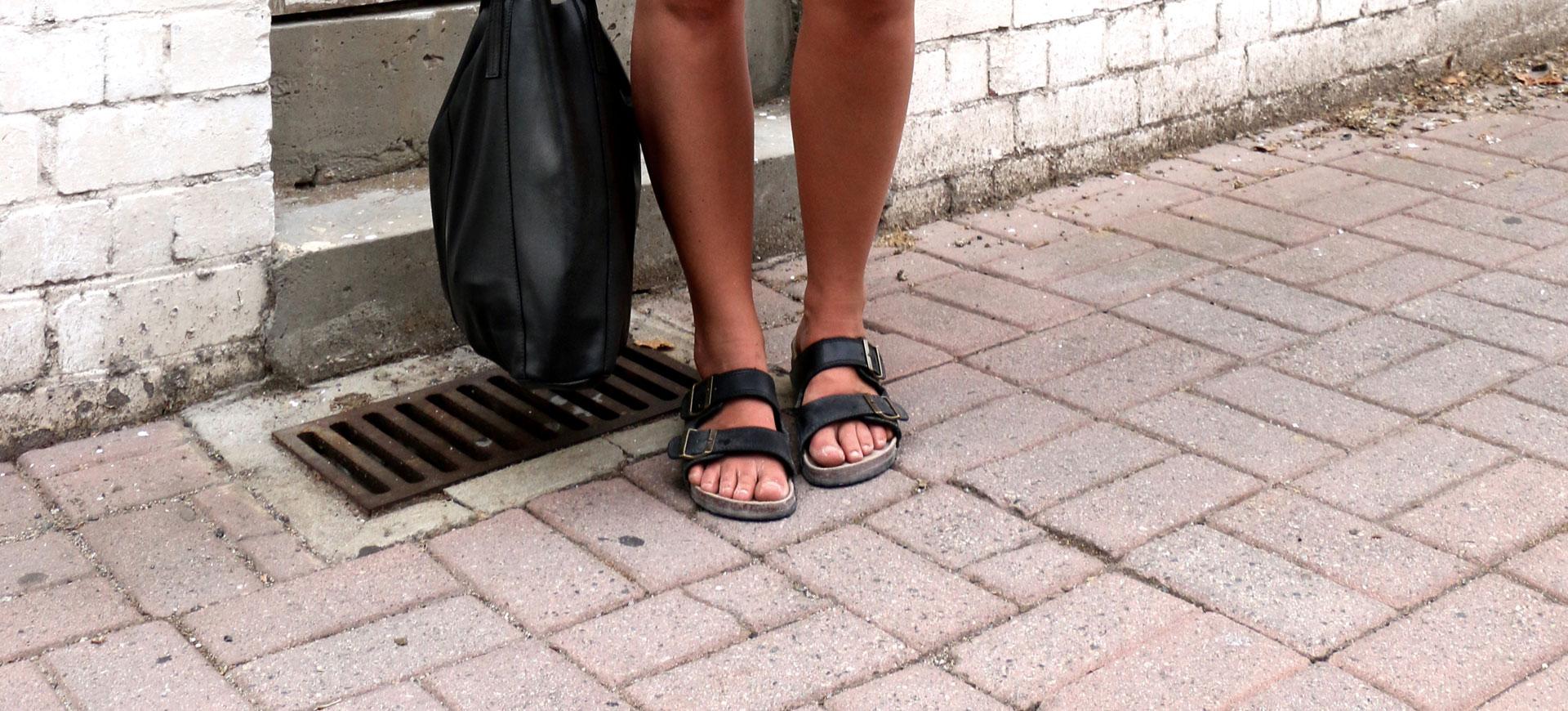 Sommarens snyggaste sandaler och tofflor