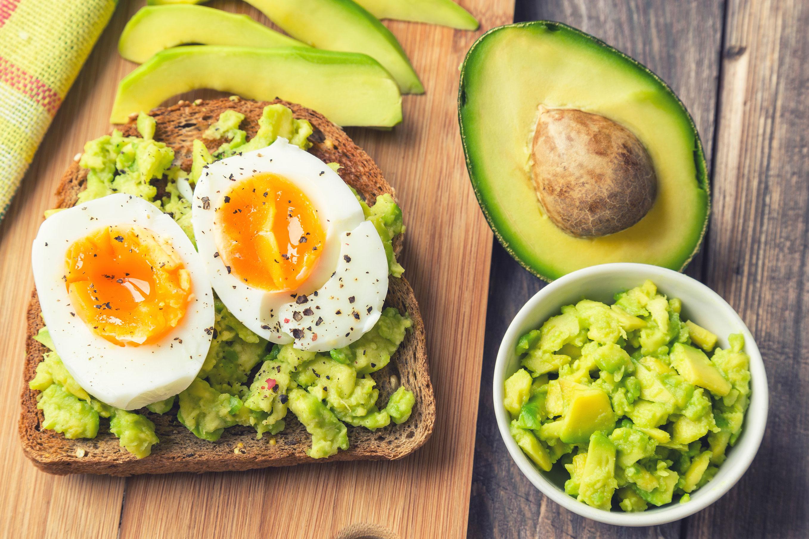 ägg och avokado