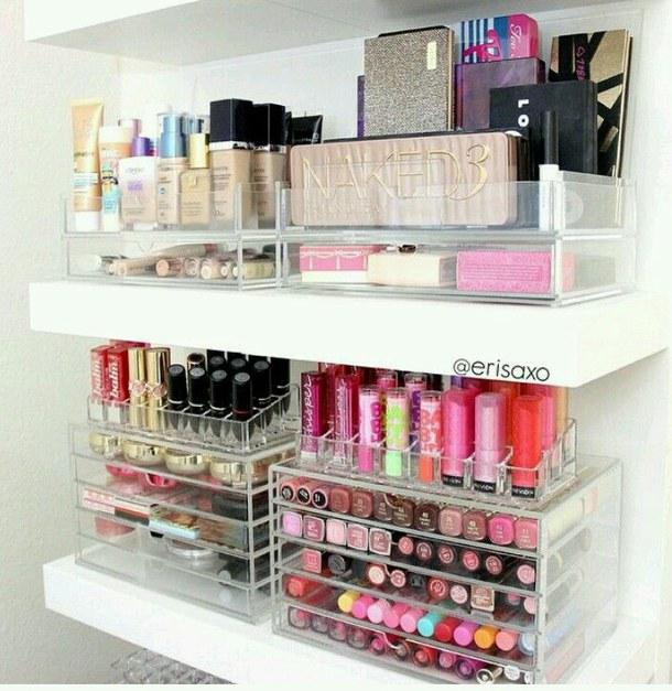 makeup-organizing