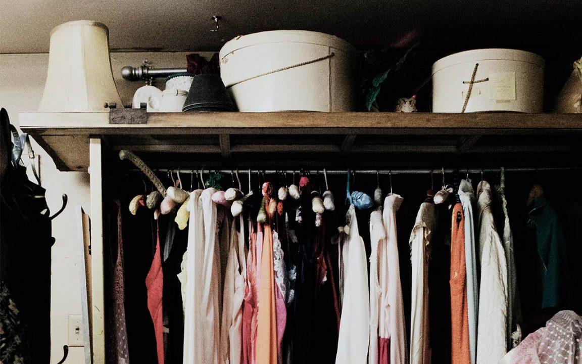 rensa garderoben snabbt