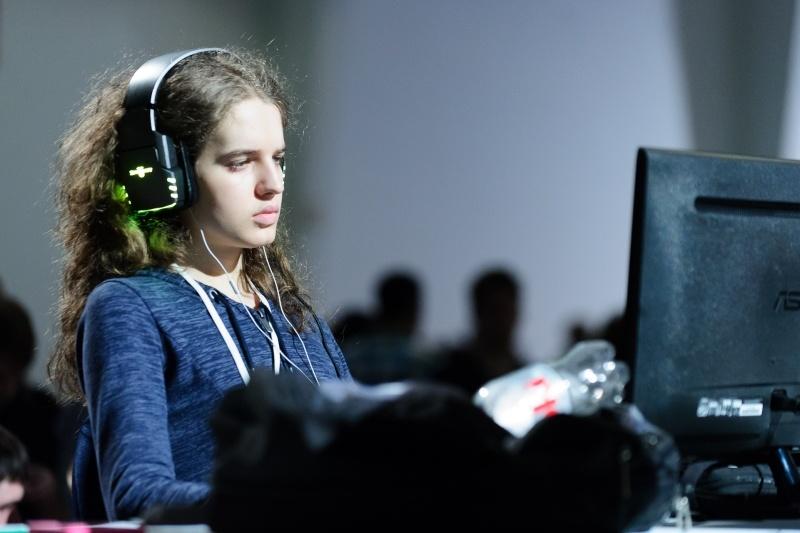sasha scarlett gamer