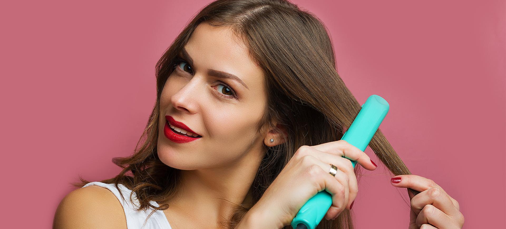 8 vanliga misstag du gör när du plattar håret (du är definitivt ... 9b64bd88f1fd4