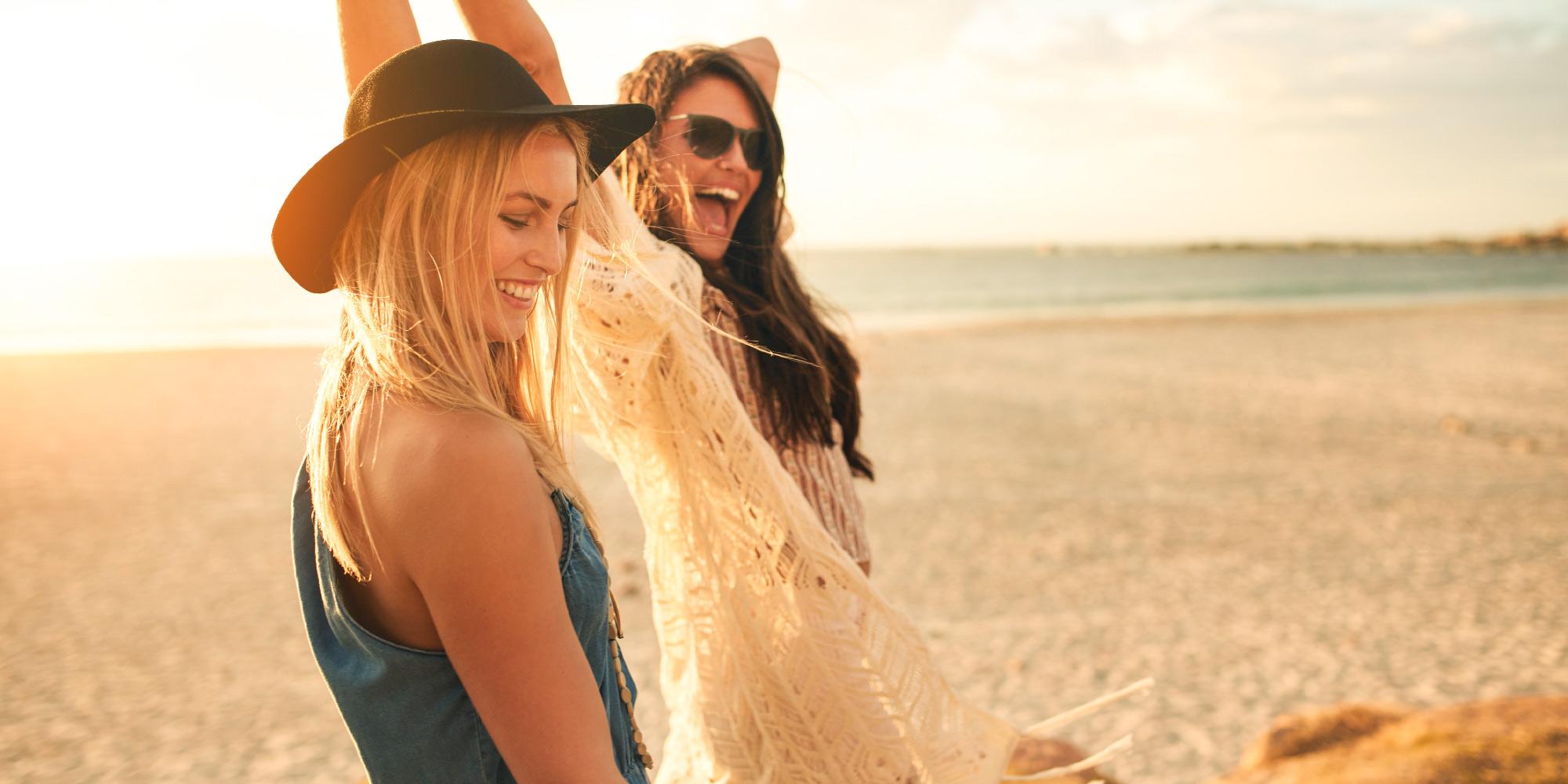 Kompishäng på stranden.