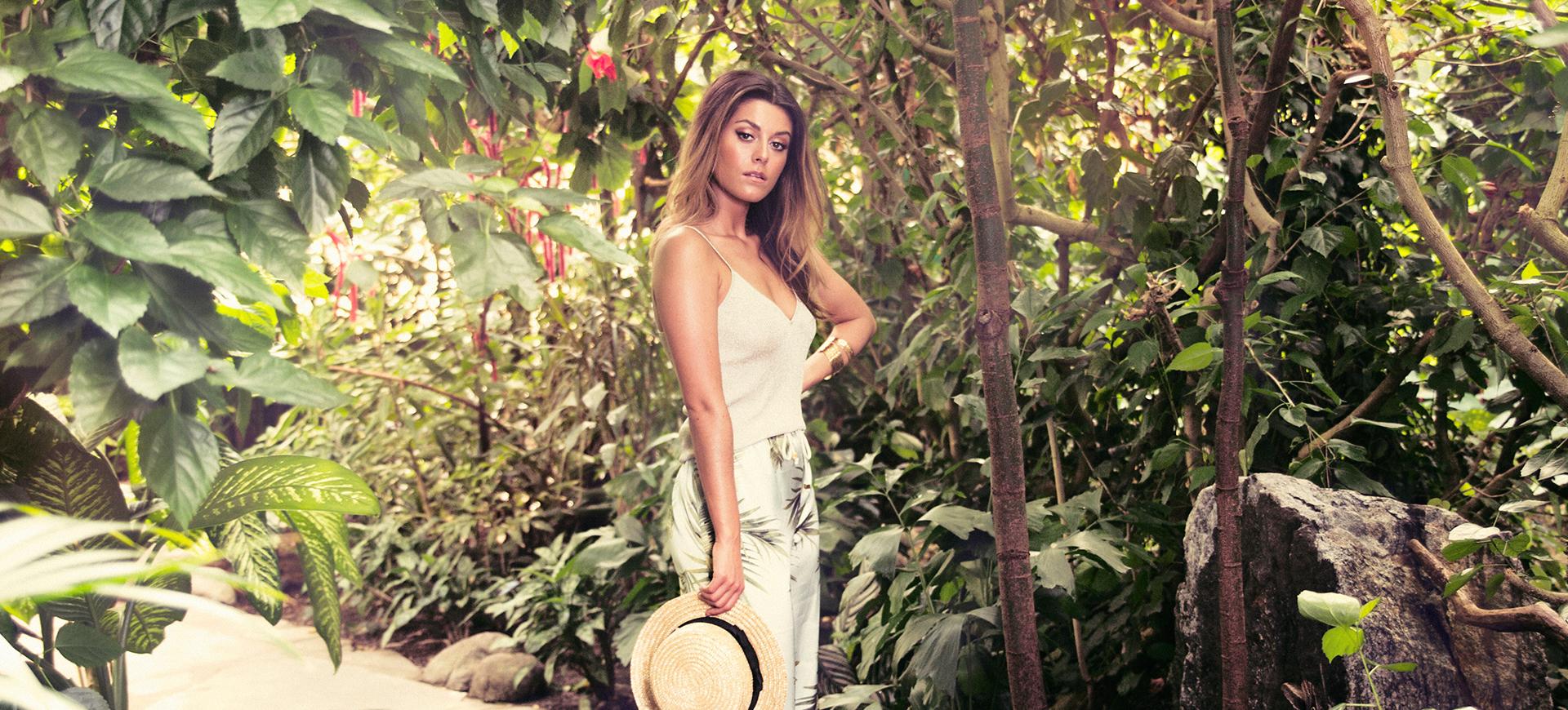 Bianca Ingrossos Caia Cosmetics fälls för sexistisk reklam