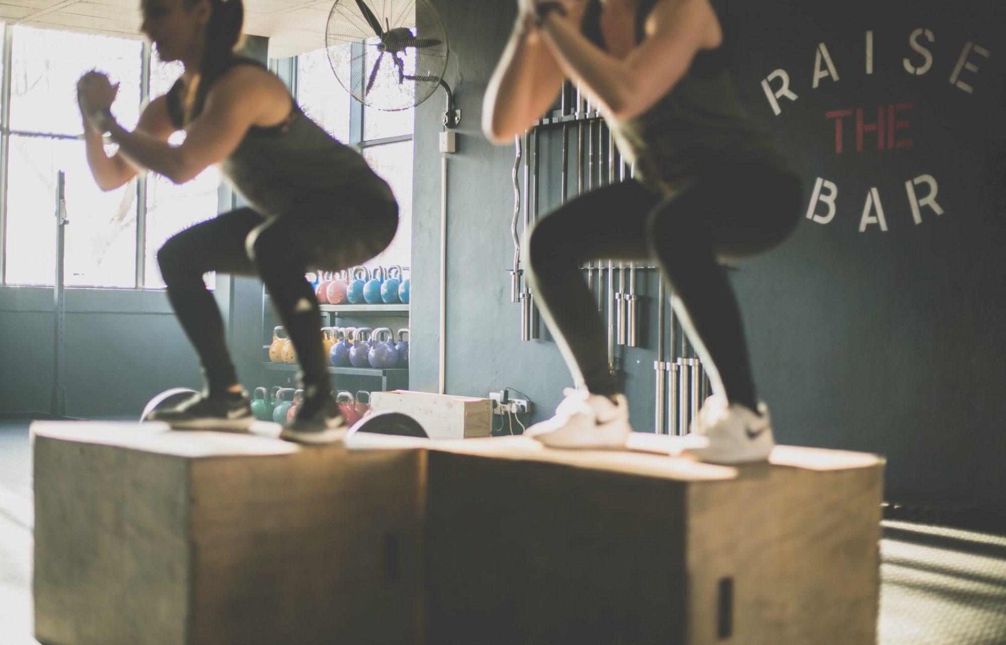 anledningar mensen är sen - hård träning