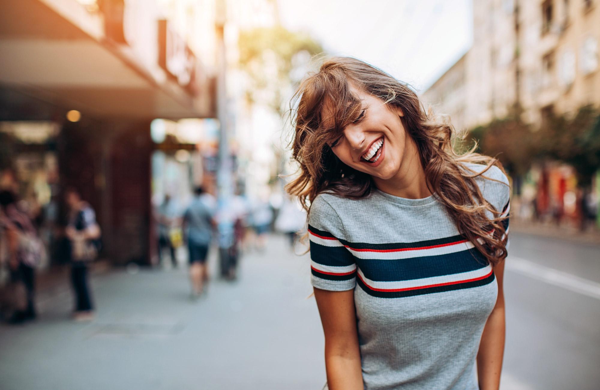Yrkeshogskolan dragarbild glad kvinna