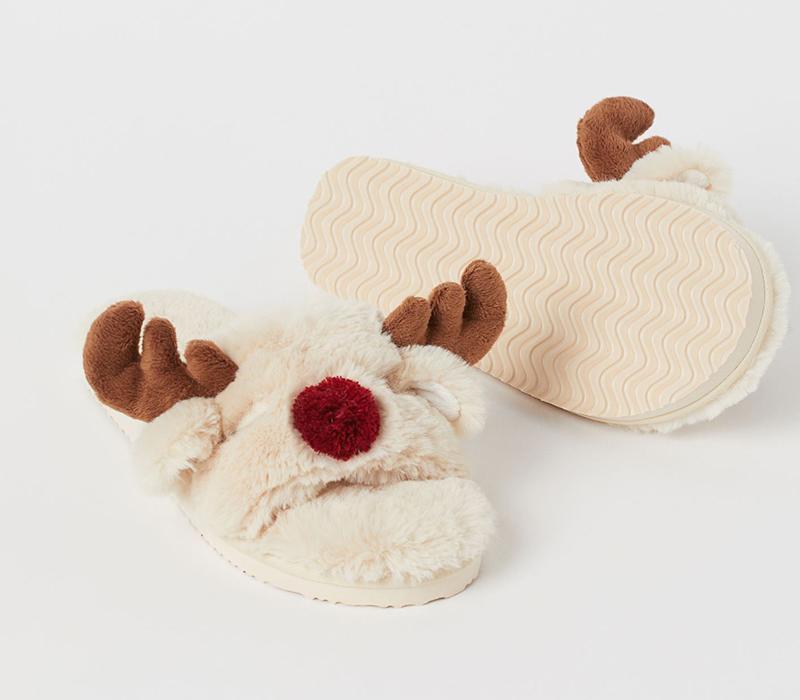 reindeerslippers149