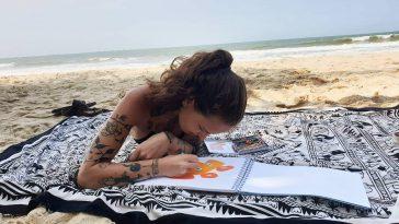 jaquline östlind lever på att skapa konst