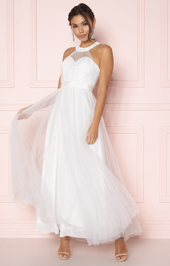 Vilken enkel bröllopsklänning passar dig?