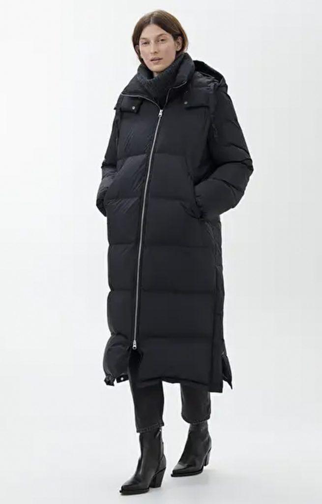 Vinterjacka i puffmodell för dam.