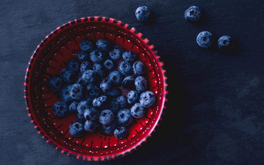 Recept på blåbärspaj med smuldeg och havregryn