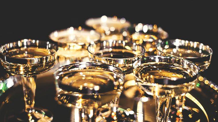 Vad passar till champagne?