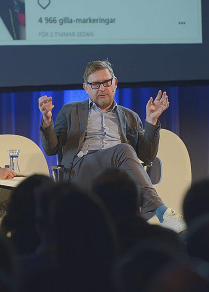 Fredrik Virtanen anklagar Cissi Wallin för förtal.