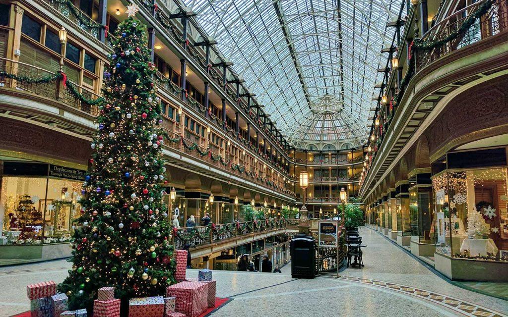 Julhandel mellandagsrea shopping