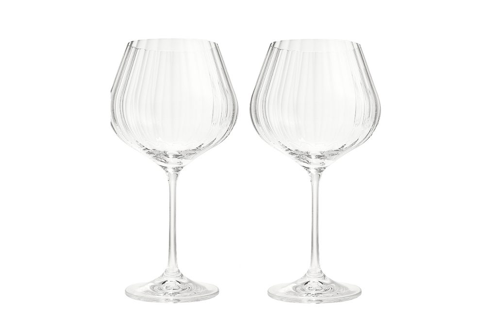 Köp vinglasen till tjejmiddagen.