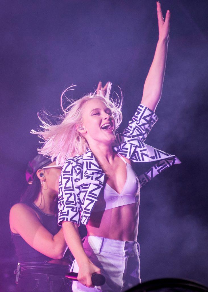 Zara Larsson är en av artisterna som uppträder i glasburen i Västerås under Musikhjälpen 2019.