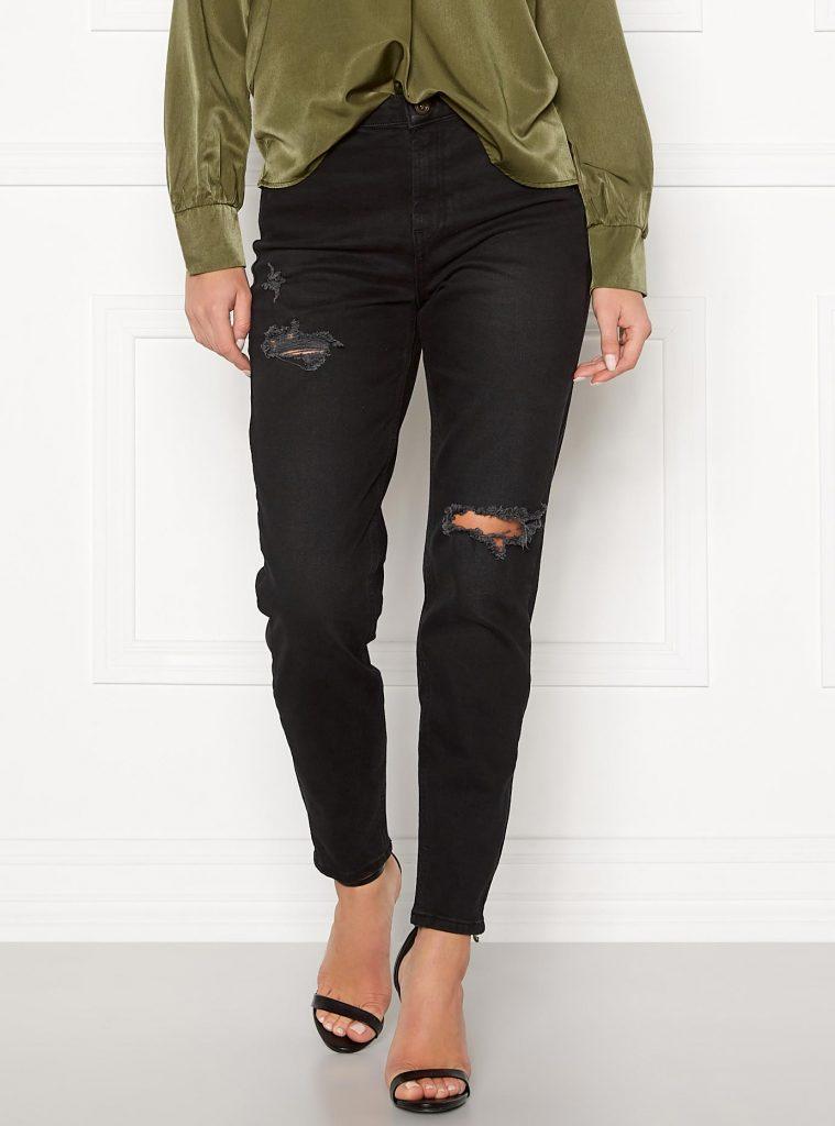 Svarta ripped mom jeans