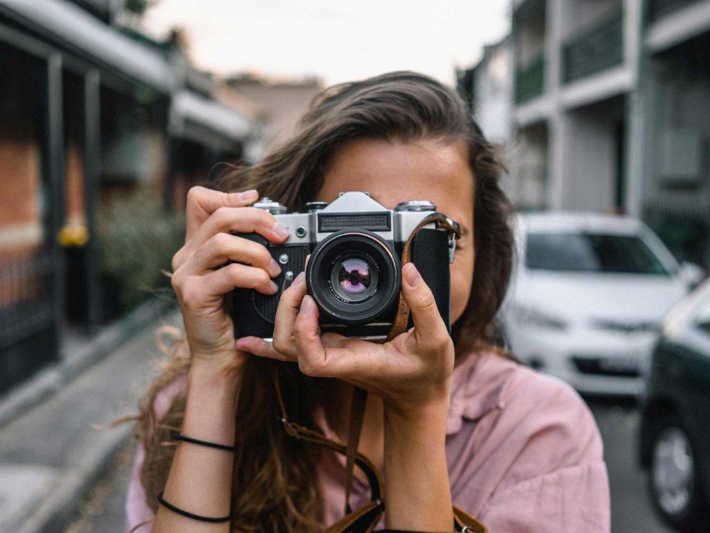 Filma och fotografera möhippan
