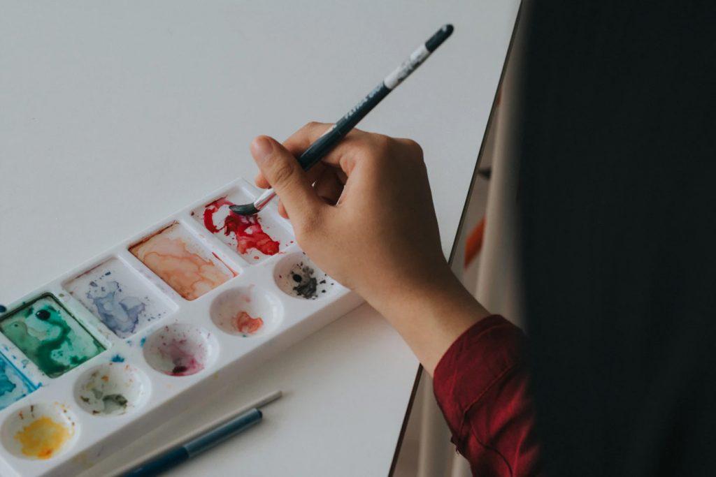 Saker att göra hemma i karantän - måla och rita