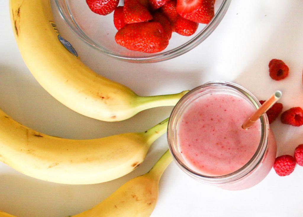 nyttig smoothie med yoghurt