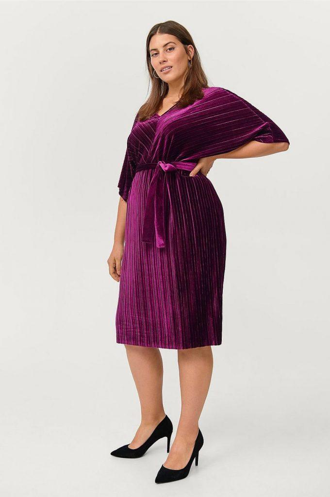 Sammetsklänning plus size från Ellos plus size