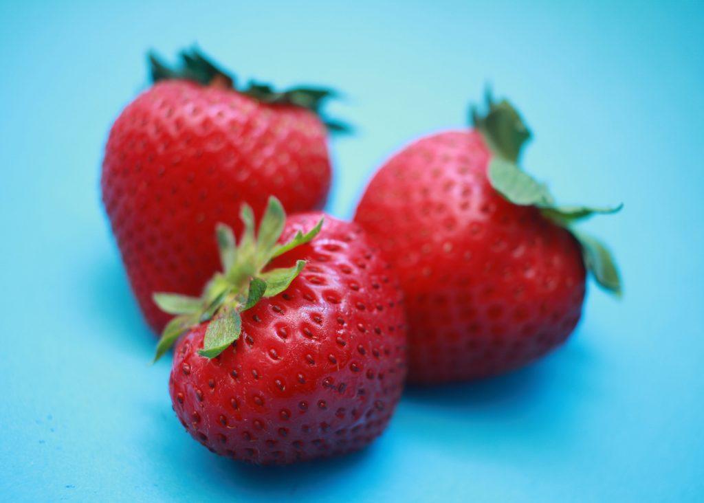 vad innehåller jordgubbar