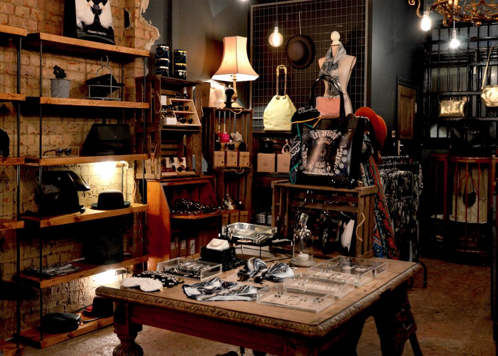 möbler kläder second hand online
