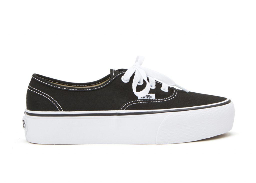 svarta sneakers för dam 2021
