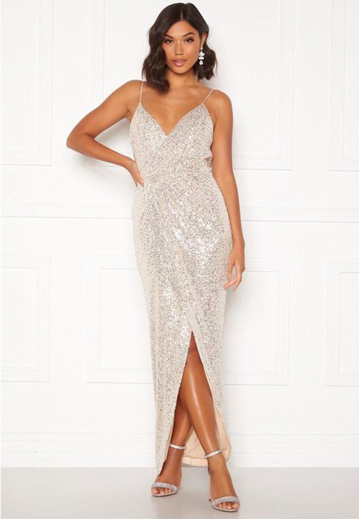 Glittrig balklänning