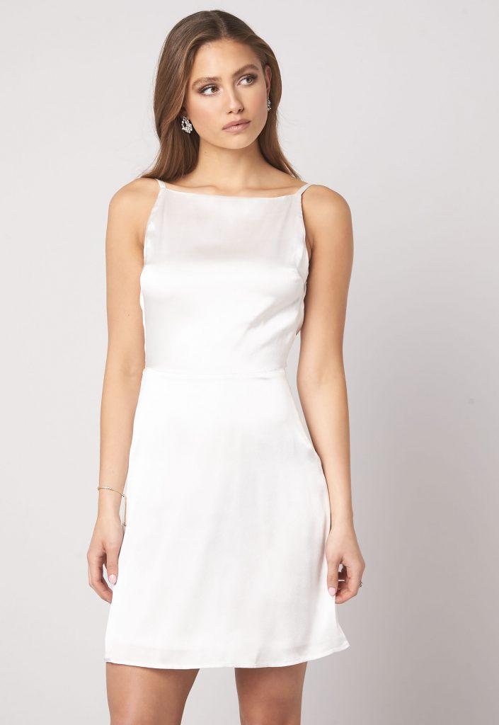 billig bröllopsklänning
