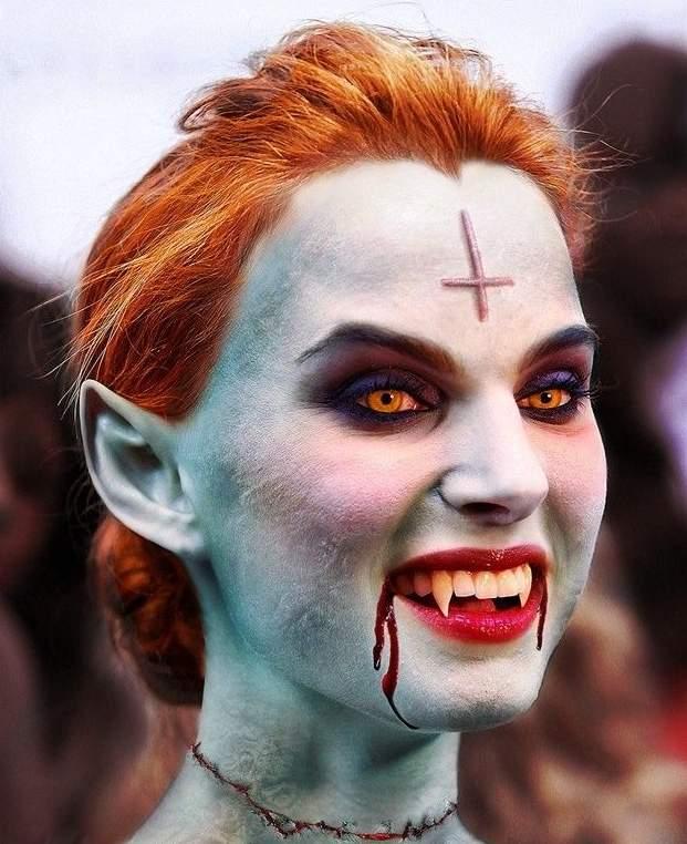 Laskiga Halloween Sminkningar.29 Galna Halloween Sminkningar Scrolla Inte Om Du Ar En
